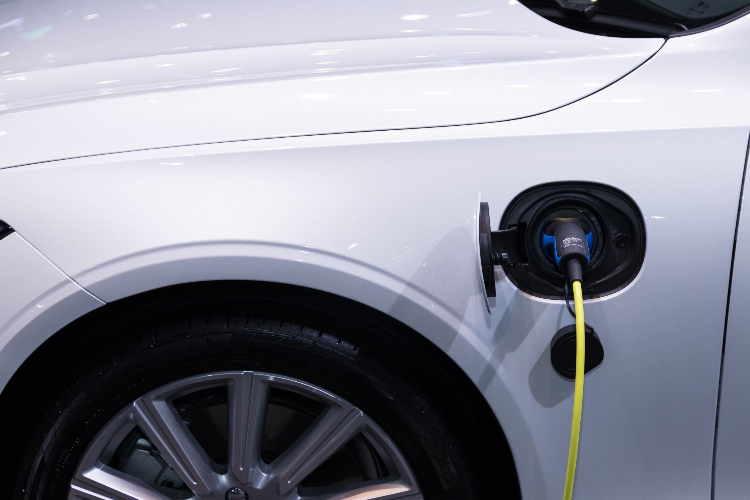Store Electric Car